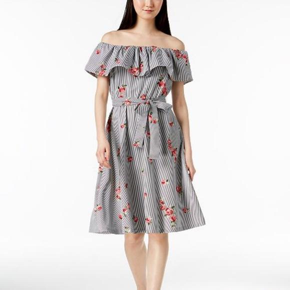 7e0c6ce51d65 NWT Calvin Klein Off the Shoulder Flounce Dress